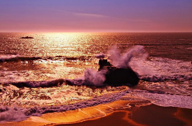 De unde vin denumirile de Marea Moartă, Marea Roșie, Marea Neagră și Marea Albă