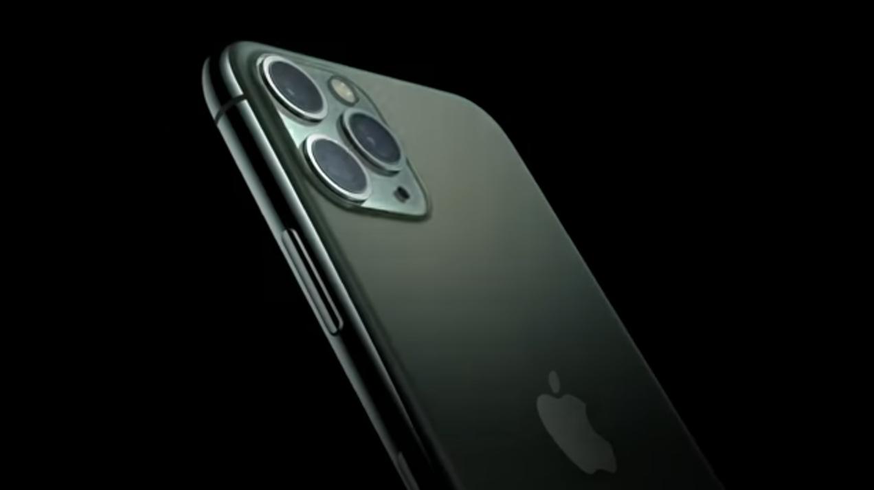"""Apple """"adaugă teleobiectivele periscop la telefoane"""""""